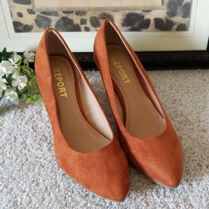 🧡 New Report Carsyn Wedge Pumps 🧡